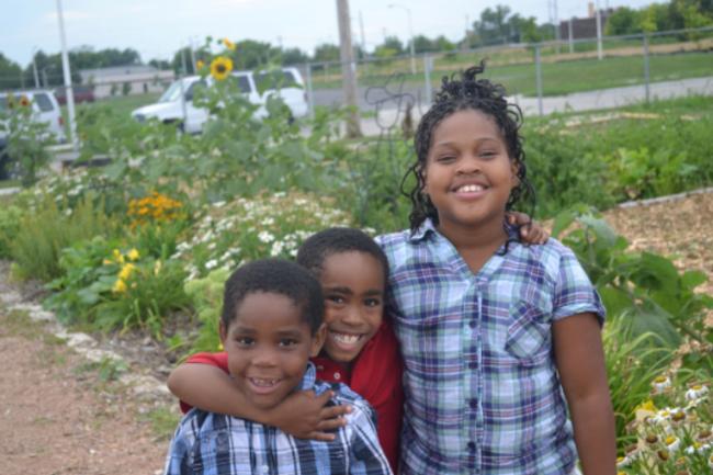 three kids alices garden